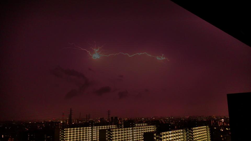 雷発生の瞬間
